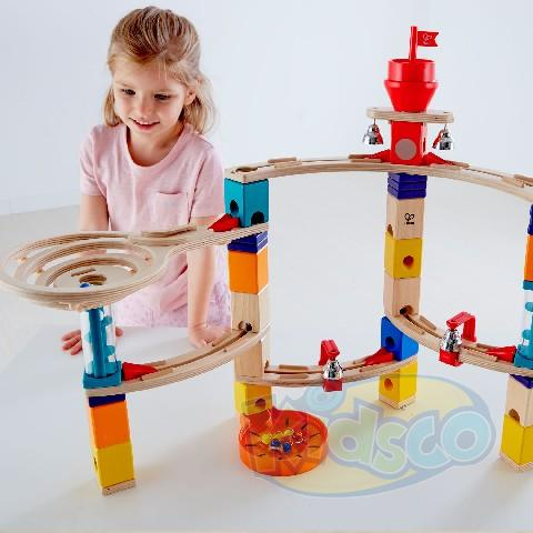 HAPE-CASTLE ESCAPE